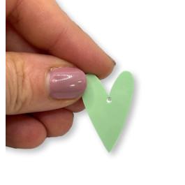 Plexy verde pastel - Colgante corazon pico 28x20 mm, int 1.5 mm