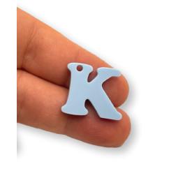 Letra K - Plexy azul pastel - Colgante letra inicial abecedario 18 mm, taladro 1.5 mm