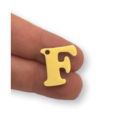 Letra F - Plexy amarillo pastel - Colgante letra inicial abecedario 18 mm, taladro 1.5 mm