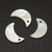 Colgante luna de nacar 13 mm  ( 10 uds)