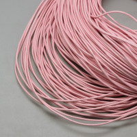 Cordon cuero color rosa claro 2 mm (1 metro)