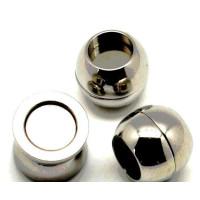 Cierre magnetico de acero,  bola 11.8x10.2 mm. Taladro 7.2 mm