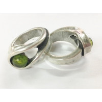 Base anillo ZAMAK baño plata con resina verde 27x23 mm