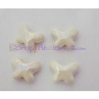 Entrepieza Mariposa de ceramica  blanca 15 mm. Taladro 3 mm