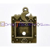Colgante bronce camafeo Marco estrellas y luna 35 mm