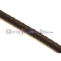 Cuero redondo 5 mm grabado serpiente marron oscuro ( 20 cm)