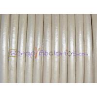Cuero nacional alta calidad 4.5 mm color PLATEADO CLARO (1 m)