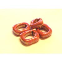Aro color fucsia fuerte ceramica 17x14x5 mm ( cuero regaliz)