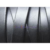 Cuero plano 10 mm, color negro, seccion de 19 cm