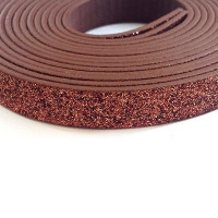 Cuero plano 10 mm, brillantina cobre  seccion de 20 cm