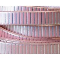 Cuero plano 10 mm salmon metalizado raya plateada (20 cm)
