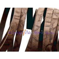 Cuero plano 6 mm  marron oscuro grabado rustico (20 cm)
