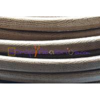 Cuero oval 10x6 mm( regaliz) serpiente micrograbado camel(20 cm)