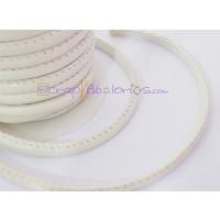 Cordón simil cuero redondo cosido blanco 5 mm (20 cm