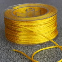 Cordon de saten 1.5 mm, color amarillo ( 1 metro)