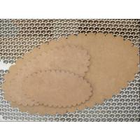 Placa DM oval festoneada- Tamaño 18x9.5 cm ( pequeña)