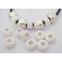 Donut resina mate BLANCO 11x6 mm. Taladro 5 mm