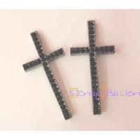 Cruz negra con rhinestones o strass negro 50x23 mm