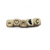 Cubo letra madera carvada 10x10 mm - Pie bebe