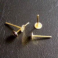 Base pendiente palillo dorada 4 mm (50 uds)