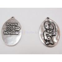 Medalla zamak Vivan los Novios 18x23 mm