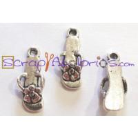 Colgante charm sandalia mod. 2 19x6 mm