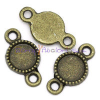 Conector bronce con base 8 mm.18.5x10 mm