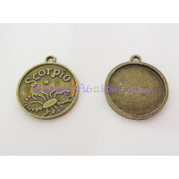 Colgante charm bronce horoscopo ESCORPIO .30X27 mm.