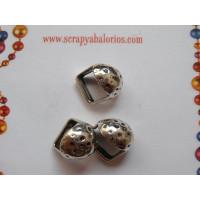 Pasador boton punteado plata tibetana para regaliz 14x10x8 mm
