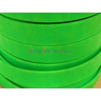 Cuero plano de 13 mm. Verde Flúor. (20 cm)