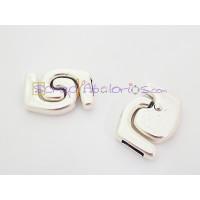 Cierre ZAMAK baño plata espirales iman 30x21 mm, paso 10x2 mm