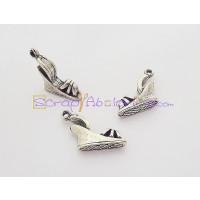 Colgante ZAMAK baño plata sandalia cuña 19x17 mm