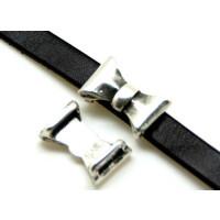Entrepieza ZAMAK plateado  lazo para cuero plano 24x9  mm