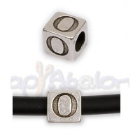 Entrepieza Zamak Baño plata Cubo Letra O 7x7 mm. Taladro 4 mm