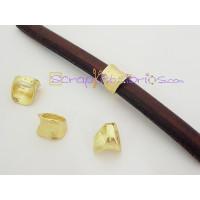 Entrepieza ZAMAK pasador rustico regaliz oro brillo 11x13 mm