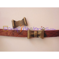 Entrepieza ZAMAK bronce  lazo para cuero plano 24x9  mm