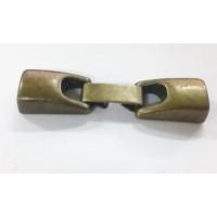 Cierre ZAMAK bronce grapa 42x10 mm, int 6x2 mm