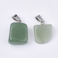 Colgante piedra aventurina verde tamaño 15~35x10~20x5~15mm, Int: 3x7.5mm