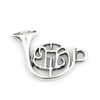 Colgante charm plateado trombon música 21x16 mm