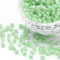 Rocalla cristal 6/0, 4 mm color Verde pastel (20 gramos)