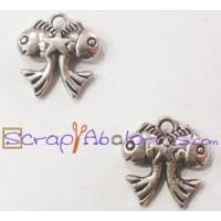 Colgante pescaitos de plata tibetana 15x15 mm