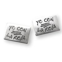 Entrepieza rectangular ZAMAK baño plata YO CON LA ROJA 26x18mm