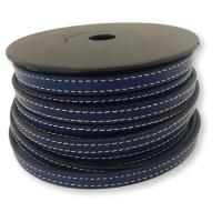 Cuero plano 10 mm, color azul marino con borde cosido, seccion de 20 cm