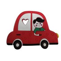 Figura silicona 75 mm- Mordedor coche rojo con niño