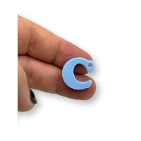 Letra C - Plexy azul pastel - Colgante letra inicial abecedario 18 mm, taladro 1.5 mm
