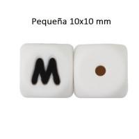 Cubo letra silicona 10x10 mm- Premium - Letra M