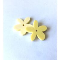 Plexy amarillo pastel - Colgante margarita  25 mm, int 1.2 mm
