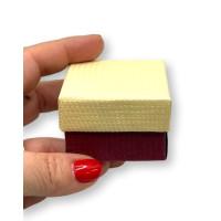 Clasica granate y beige - Cajita cuadrada pequeña 40x40x30 mm