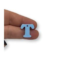 Letra T - Plexy azul pastel - Colgante letra inicial abecedario 18 mm, taladro 1.5 mm