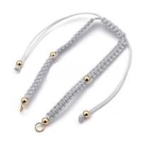 Pulsera base Gris plata macrame con cierre nudo ajustable y detalles de acero dorado